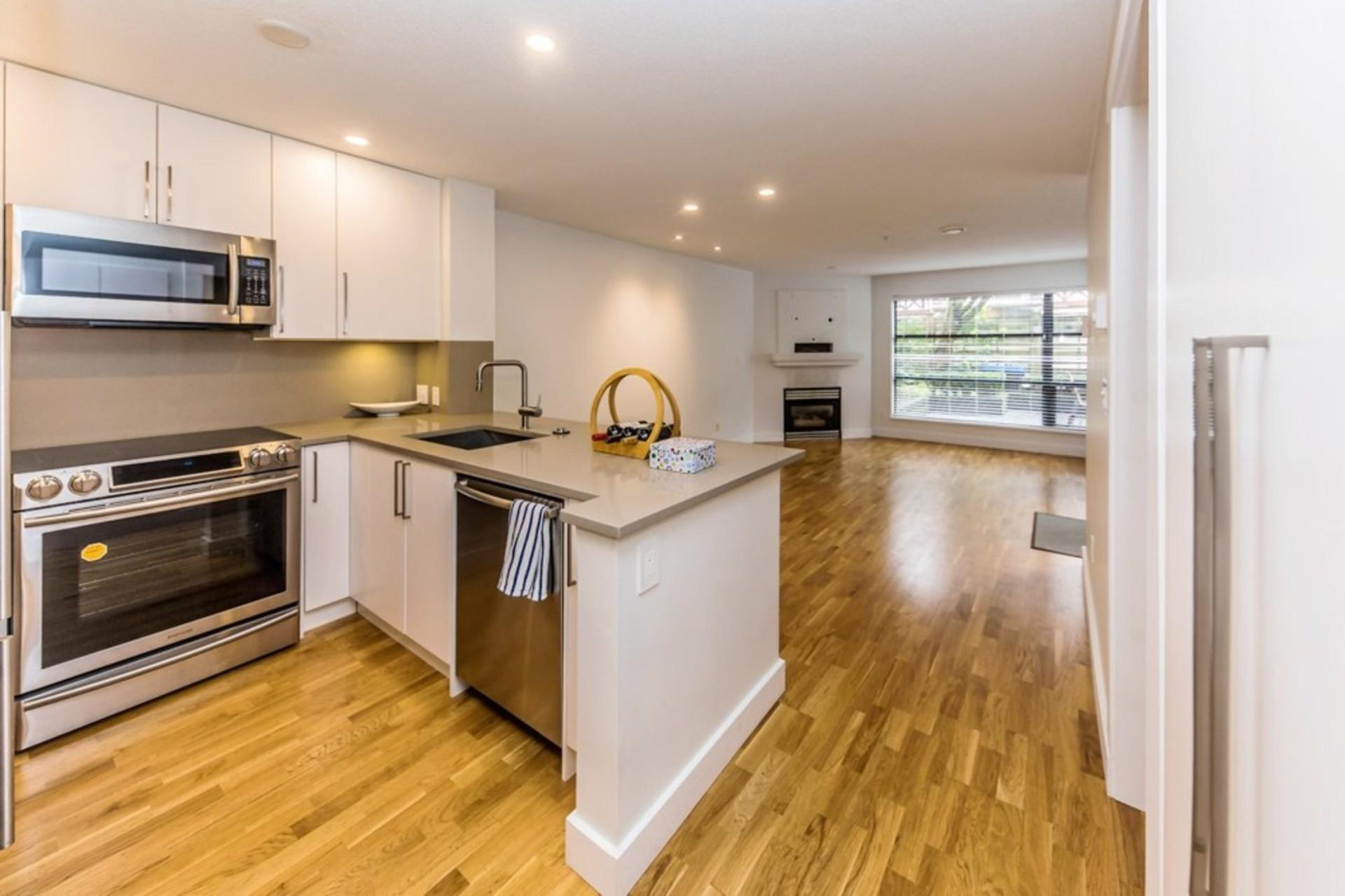 207 - 124 W 3rd Street, Lower Lonsdale, North Vancouver