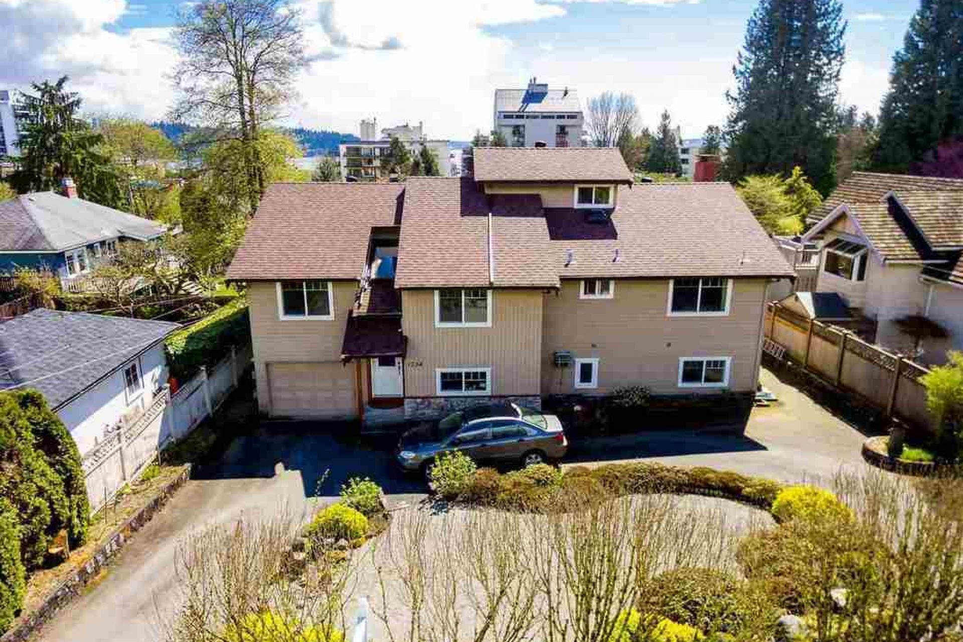 1734 Gordon Avenue, Ambleside, West Vancouver
